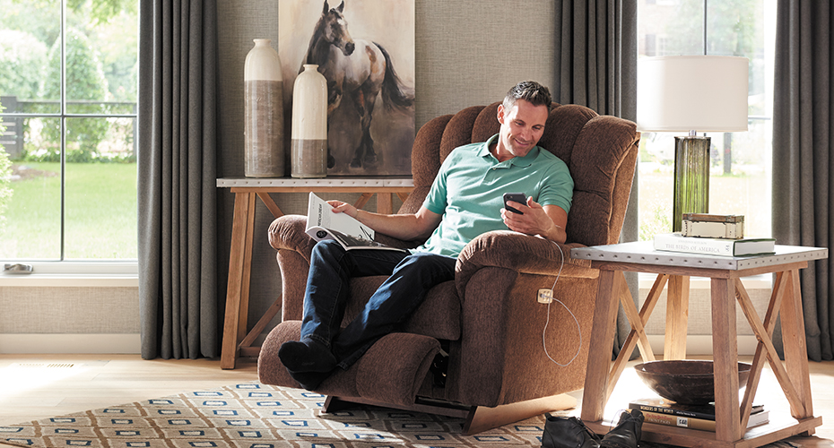 Best Recliners for Extra Tall Body Types
