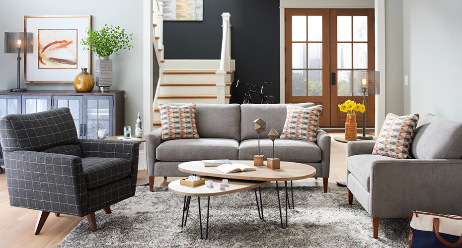 How to Mix and Match Sofas and Chairs