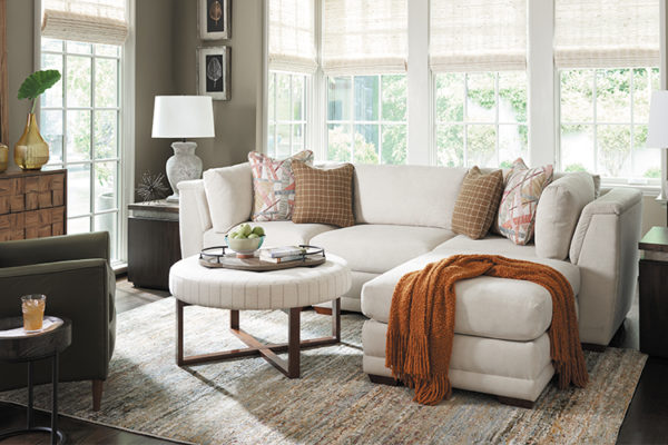 5 Tips to Make a Small Living Room Look Bigger